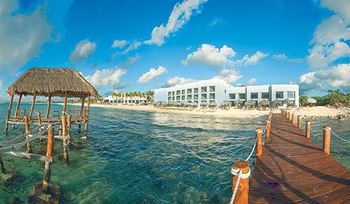 Beach wood hotel hotel r best hotel deal site links for Blackhawk fly fishing